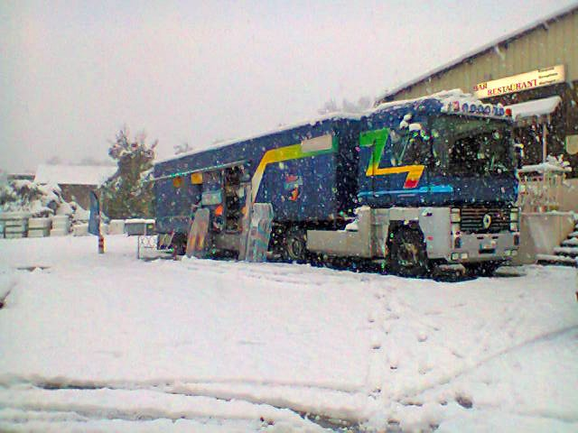 Le froid et la neige arrivent ; nos camions sont en place !