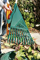 Les rateaux ramasse feuilles le blog du bricolage du - Appareil pour ramasser les feuilles ...